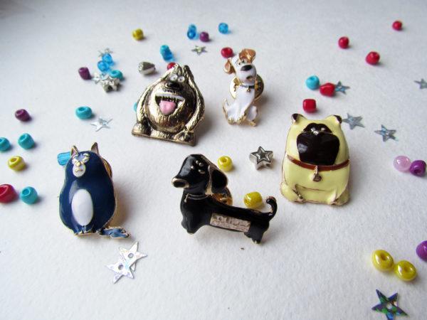 Значки из серии «Тайная жизнь домашних животных»