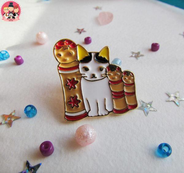 Значок «Котенок и матрешки»